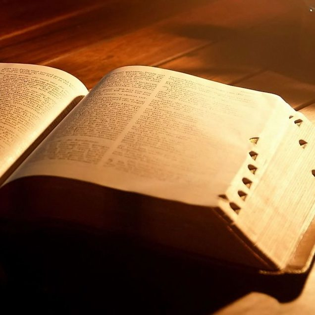christian-bible-powerpoint-background-848x636